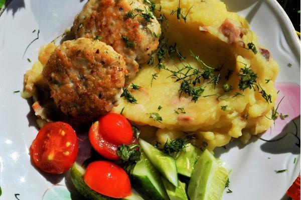 Home restaurant Maagõkõnõ at Toomemäe farm