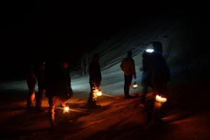 Lyhtyjen valossa vaeltamaan Rummun louhokselle ja Tuhamäen poluille