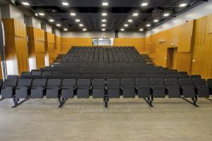 Elvan kulttuurikeskuksen seminaari- ja konserttisali