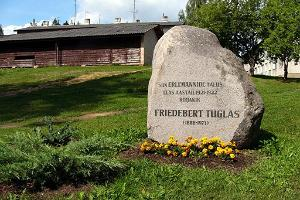 Monument to Friedebert Tuglas in Puiga
