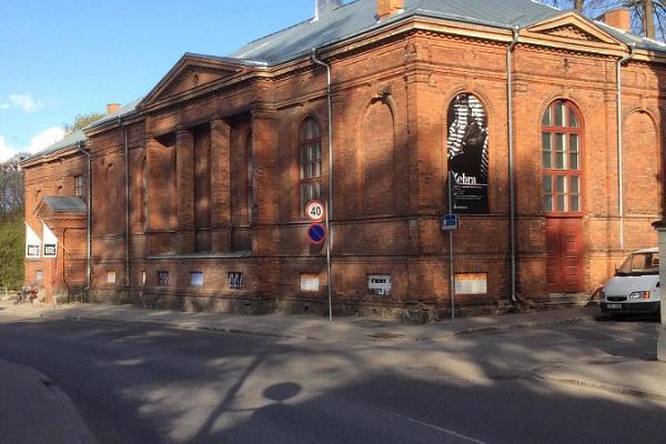 Tartu New Theatre on the corner of Lai and Magasini
