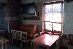 Georgi dining room