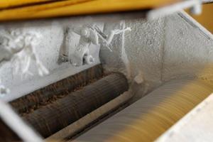 """Hellenurmen vesimyllyn ohjelma """"Vedestä leipään eli jauhojen valmistus myllyssä ja leivän valmistus myllyssä"""""""