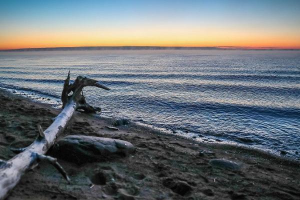 Ranna Recreation Centre, sunset on the beach of Lake Peipus