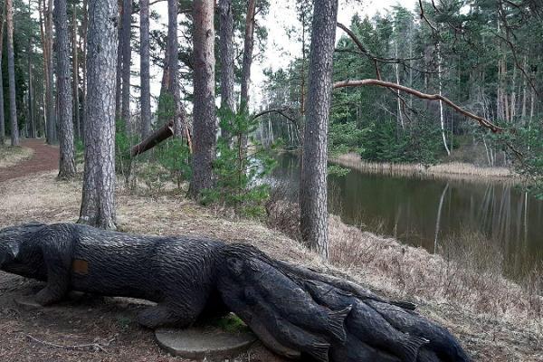Väike Väerada (Lilla Kraftled) och vargen som fiskar med svansen från estnisk folklore