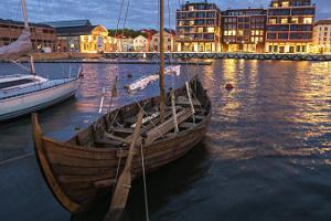 """Izbraucieni jūrā ar vikingu kuģi """"Thor"""""""