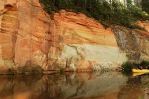 Ühepäevased kanuumatkad Ahja jõel