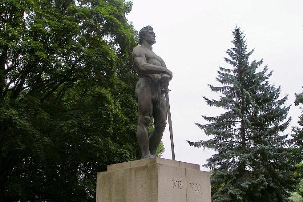 Kirjanduslik jalutuskäik Tartus: Vabadussõja monument – Kalevipoeg