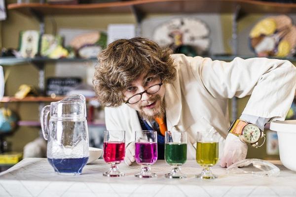Hullu Teadlase kabinet Tartu Ülikooli muuseumis
