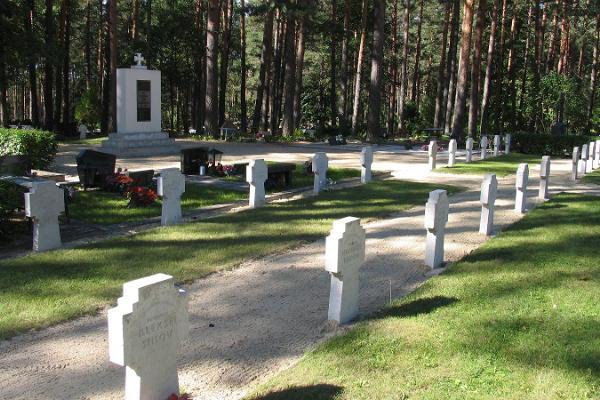 Brīvības cīņās kritušo kapi un piemineklis Veru kapsētā