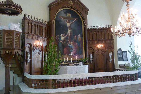 Võnnu kiriku altar