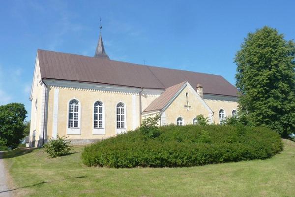 Võnnu kirik idast