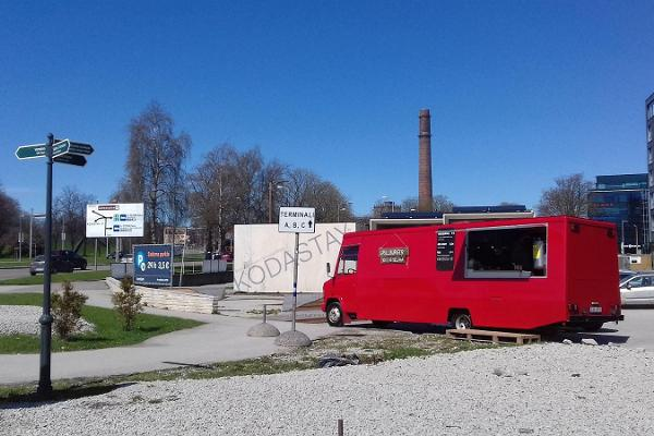 Grill & Pruul food truck