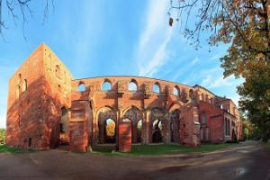 Tartu toomkiriku päikeseline panoraam