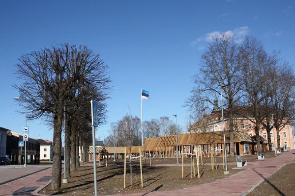 Флагшток с эстонским флагом в Отепя