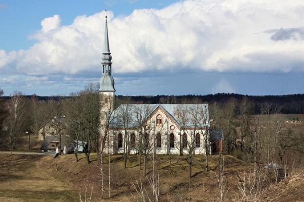 Otepään Marian luterilainen kirkko