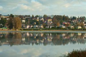 Viljandi järve äärne välijõusaal