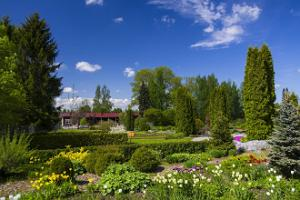 Räpina School of Horticulture collection garden