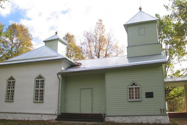 Obinitsa kirik ja kalmistu