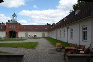 Rogosi Castle Manor in Ruusmäe