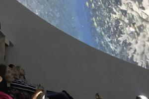 Pernova Naturhus guidad tur med filmupplevelse i planetarium