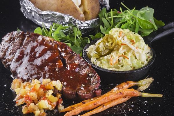 Ресторан BabyBack Ribs & BBQ в тартуском центре Tasku