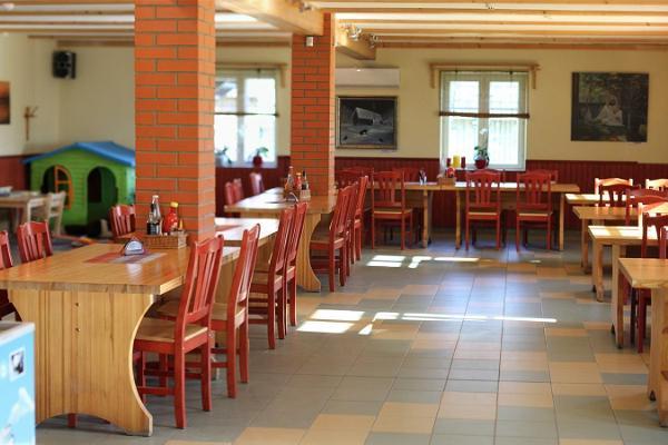 Varesen vierasmajan kahvila
