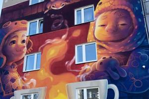 """""""Smartowkas"""" und Wandmalereien – Entdeckungstour in der Tartuer Freiluft-Stadtgalerie"""