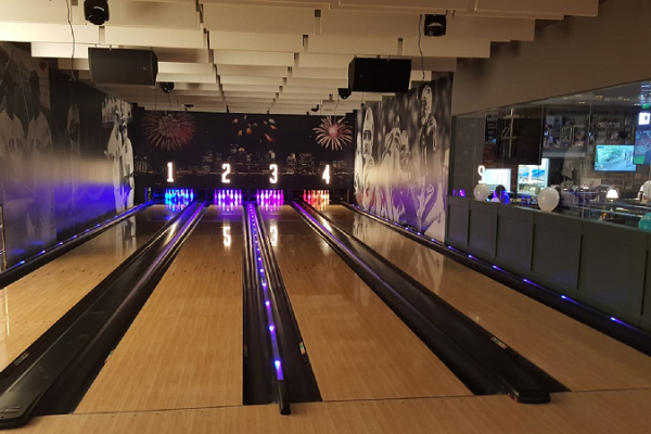 "Bowling O`Learys izklaides centrs tirdzniecības centrā ""Ülemiste"""