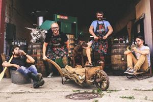 """Ekskursija un degustācija """"Peninuki Distillery"""" rūpnīcā"""