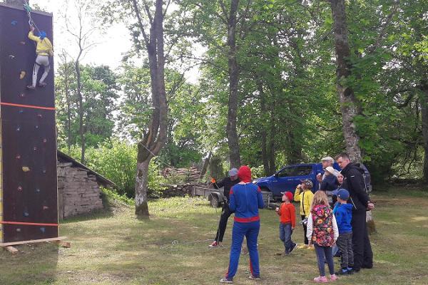 Hallikivi Adventure Park in Saaremaa