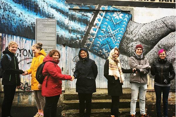 Ielu mākslas ekskursija Telliskivi radošajā pilsētiņā