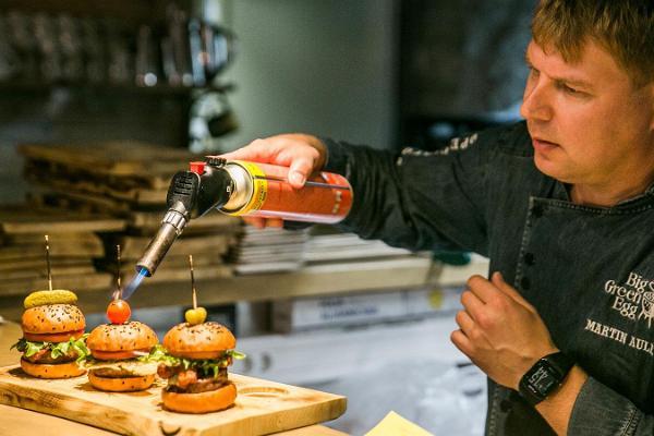 "Ravintola ""Estonian Burger Factory"""