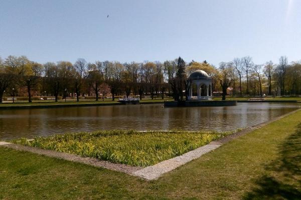 Giidiga ekskursioon Kadrioru pargis