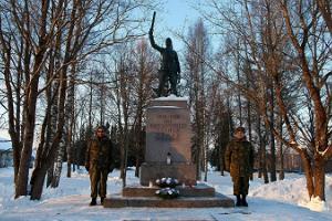 Vapaussodan muistomerkki Rõugessa