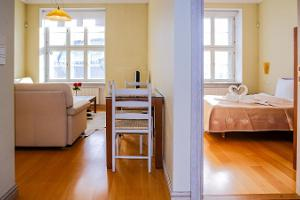 Dream Stay Apartments – an apartment with a view of the Town Hall Square and a sauna