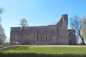 Padises klosteris