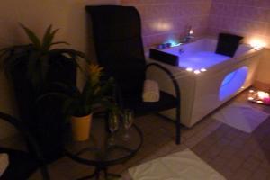 Seminaarit kauniissa järvimaisemassa hotelli Tamulassa