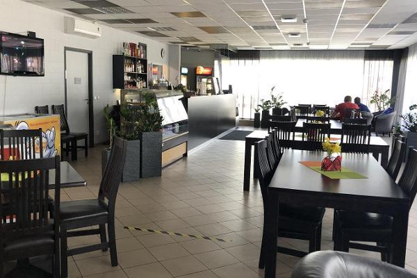 Piiri Café