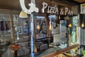 Restaurant Q Pizza&Pan