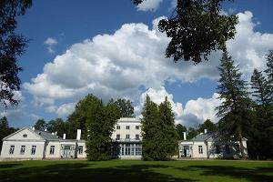 Heimtali Manor and park