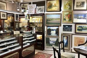 Maalikunsti- ja antiigiäri Barokk