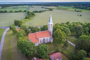 Püha-kylän Jaakobin kirkko