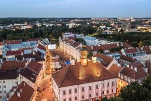 The 'Living on the Edge' tour starts from Tartu Town Hall