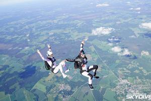 Skydiving with Skydive Estonia