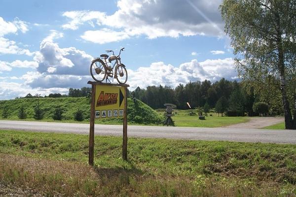 Signpost for Äksi Moto Ranch