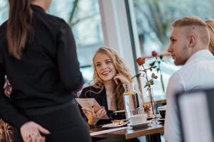 Таллиннский ресторан Café Opera
