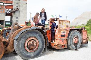 Eesti Kaevandusmuuseumi territooriumil olev kaevandusmasin