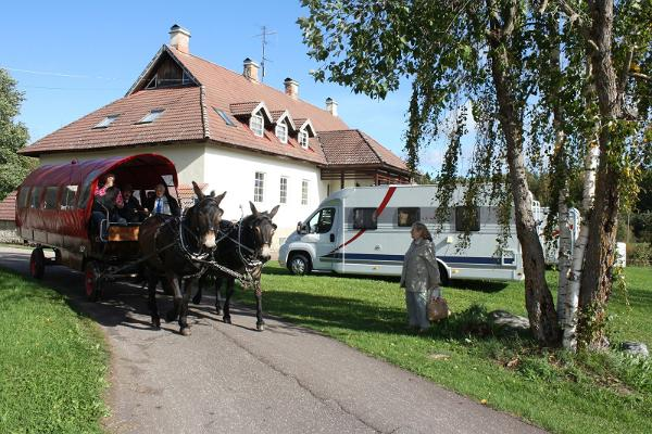 Hotelli Laagnan hevosvaunu