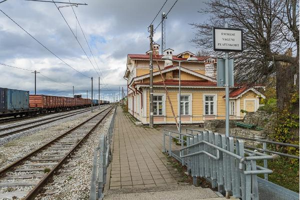 Guided tour in Paldiski and Northern Estonia